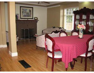 Photo 5: 930 1ST Street in New_Westminster: GlenBrooke North House for sale (New Westminster)  : MLS®# V682523