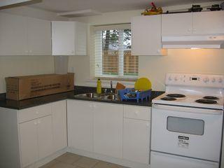 Photo 13: 930 1ST Street in New_Westminster: GlenBrooke North House for sale (New Westminster)  : MLS®# V682523