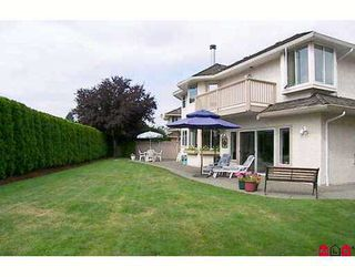 "Photo 9: 4830 209A Street in Langley: Langley City House for sale in ""NEWLANDS"" : MLS®# F2618287"