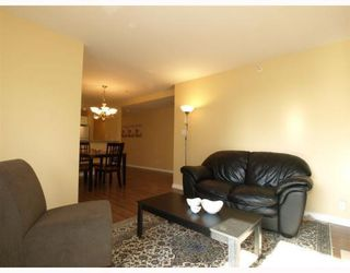 Photo 4: 304-137 West 17th Street in North Vancouver: Central Lonsdale Condo for sale : MLS®# V753714