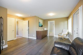 """Photo 14: 23 15977 26 Avenue in Surrey: Grandview Surrey Townhouse for sale in """"BELCROFT"""" (South Surrey White Rock)  : MLS®# R2413129"""