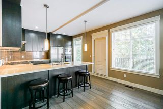 """Photo 7: 23 15977 26 Avenue in Surrey: Grandview Surrey Townhouse for sale in """"BELCROFT"""" (South Surrey White Rock)  : MLS®# R2413129"""