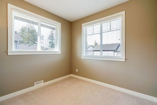 """Photo 13: 23 15977 26 Avenue in Surrey: Grandview Surrey Townhouse for sale in """"BELCROFT"""" (South Surrey White Rock)  : MLS®# R2413129"""