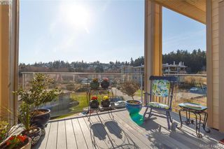 Photo 4: 404 3223 Selleck Way in VICTORIA: Co Lagoon Condo Apartment for sale (Colwood)  : MLS®# 835790