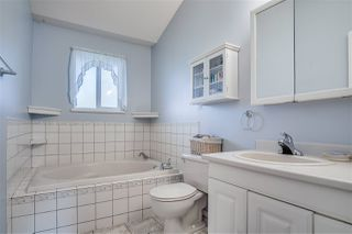 """Photo 9: 20270 46 Avenue in Langley: Langley City House for sale in """"Simonds"""" : MLS®# R2468615"""