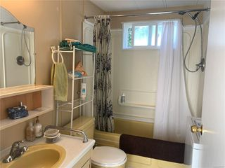 Photo 13: 2 882 Wembley Rd in : PQ Parksville Manufactured Home for sale (Parksville/Qualicum)  : MLS®# 852167