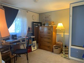 Photo 10: 2 882 Wembley Rd in : PQ Parksville Manufactured Home for sale (Parksville/Qualicum)  : MLS®# 852167