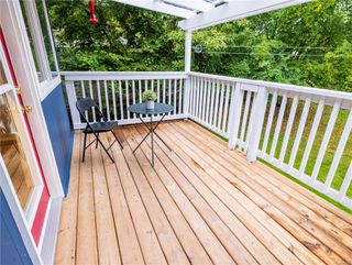Photo 9: 676 Beaconsfield Rd in : Na University District House for sale (Nanaimo)  : MLS®# 856773
