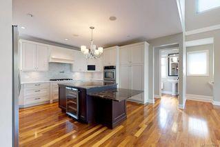 Photo 7: 3156 Woodburn Ave in : OB Henderson House for sale (Oak Bay)  : MLS®# 857911