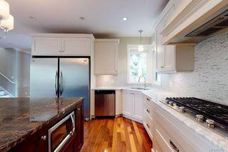 Photo 10: 3156 Woodburn Ave in : OB Henderson House for sale (Oak Bay)  : MLS®# 857911