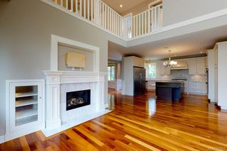 Photo 4: 3156 Woodburn Ave in : OB Henderson House for sale (Oak Bay)  : MLS®# 857911