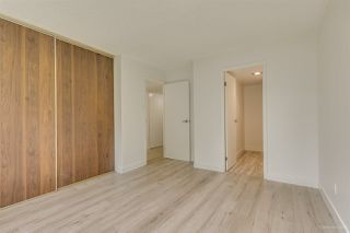 "Photo 13: 202 4300 MAYBERRY Street in Burnaby: Metrotown Condo for sale in ""TIMES SQUARE"" (Burnaby South)  : MLS®# R2508562"