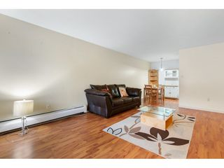 """Photo 4: 402 4941 LOUGHEED Highway in Burnaby: Brentwood Park Condo for sale in """"DOUGLAS VIEW"""" (Burnaby North)  : MLS®# R2520254"""