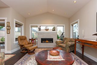 Photo 5: 2308 Malaview Ave in : Si Sidney North-East House for sale (Sidney)  : MLS®# 862846