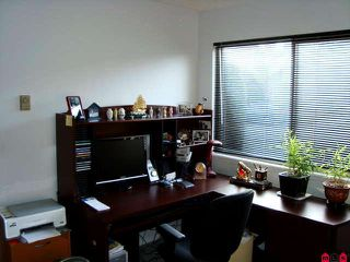 Photo 8: 8539 MCCUTCHEON AV in Chilliwack: House for sale : MLS®# H1000293