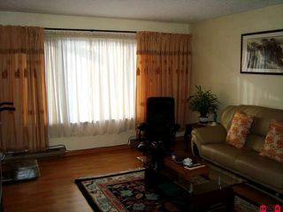Photo 2: 8539 MCCUTCHEON AV in Chilliwack: House for sale : MLS®# H1000293
