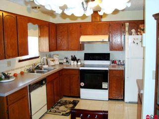 Photo 4: 8539 MCCUTCHEON AV in Chilliwack: House for sale : MLS®# H1000293