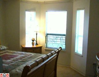 "Photo 3: 45 32361 Mcrae Avenue in Mission: Townhouse for sale in ""Spencer Estates"" : MLS®# F1003310"