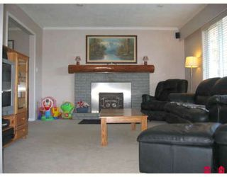 Photo 2: 27169 28TH Ave in Langley: Aldergrove Langley House for sale : MLS®# F2811193