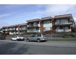 """Main Photo: 2033 TRIUMPH Street in Vancouver: Hastings Condo for sale in """"MACKENZIE HOUSE"""" (Vancouver East)  : MLS®# V627756"""