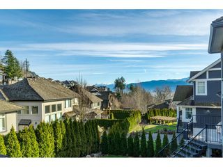 "Photo 18: 35591 KAHANA Place in Abbotsford: Abbotsford East House for sale in ""EAGLE MOUNTAIN"" : MLS®# R2435435"