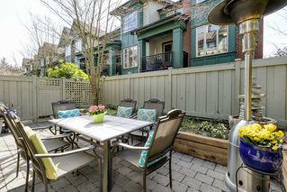 "Photo 13: 2539 EAST Mall in Vancouver: University VW Townhouse for sale in ""LOGAN LANE"" (Vancouver West)  : MLS®# R2447292"