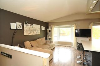 Photo 3: 1312 Kildare Avenue in Winnipeg: Canterbury Park Residential for sale (3M)  : MLS®# 202025269