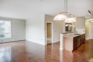 Photo 8: 227 3111 34 Avenue NW in Calgary: Varsity Apartment for sale : MLS®# A1045432