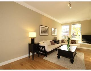 Photo 3: 1658 St. Georges Avenue in North Vancouver: Central Lonsdale Townhouse for sale : MLS®# V794083
