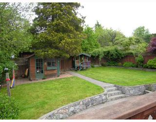 Photo 2: 488 W KINGS Road in North Vancouver: Upper Lonsdale House for sale : MLS®# V711268