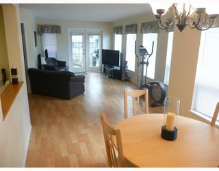 "Photo 2: 105 5768 MARINE Way in Sechelt: Sechelt District Condo for sale in ""CYPRESS RIDGE"" (Sunshine Coast)  : MLS®# V715098"