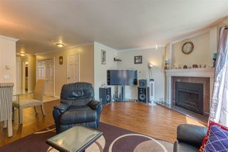 Photo 7: 126 9465 PRINCE CHARLES Boulevard in Surrey: Queen Mary Park Surrey Townhouse for sale : MLS®# R2388958