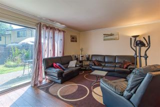 Photo 5: 126 9465 PRINCE CHARLES Boulevard in Surrey: Queen Mary Park Surrey Townhouse for sale : MLS®# R2388958