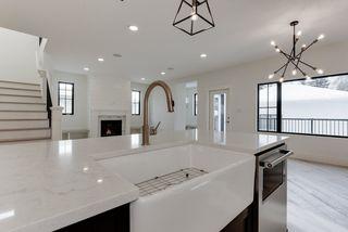 Photo 12: 9342 90 Street in Edmonton: Zone 18 House for sale : MLS®# E4182565