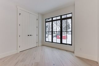 Photo 3: 9342 90 Street in Edmonton: Zone 18 House for sale : MLS®# E4182565
