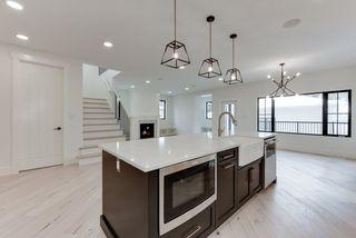 Photo 11: 9342 90 Street in Edmonton: Zone 18 House for sale : MLS®# E4182565