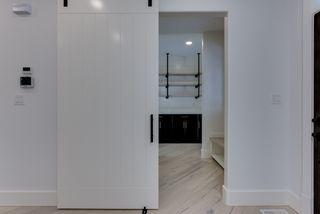 Photo 5: 9342 90 Street in Edmonton: Zone 18 House for sale : MLS®# E4182565