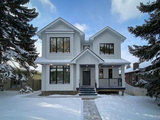 Photo 1: 9342 90 Street in Edmonton: Zone 18 House for sale : MLS®# E4182565