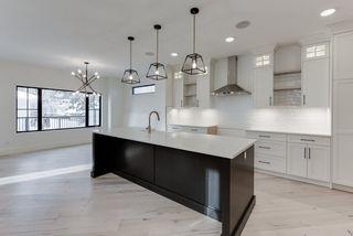 Photo 16: 9342 90 Street in Edmonton: Zone 18 House for sale : MLS®# E4182565