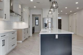 Photo 13: 9342 90 Street in Edmonton: Zone 18 House for sale : MLS®# E4182565