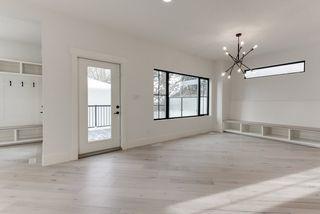 Photo 19: 9342 90 Street in Edmonton: Zone 18 House for sale : MLS®# E4182565