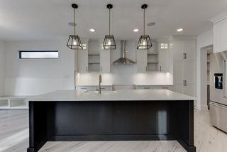 Photo 15: 9342 90 Street in Edmonton: Zone 18 House for sale : MLS®# E4182565