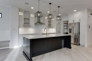 Photo 14: 9342 90 Street in Edmonton: Zone 18 House for sale : MLS®# E4182565