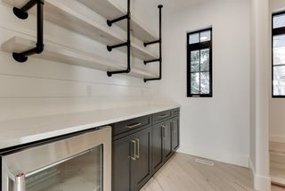 Photo 8: 9342 90 Street in Edmonton: Zone 18 House for sale : MLS®# E4182565