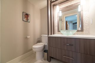 """Photo 17: 503 1470 PENNYFARTHING Drive in Vancouver: False Creek Condo for sale in """"Harbour Cove"""" (Vancouver West)  : MLS®# R2427077"""