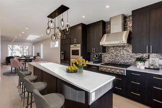 Photo 2: 9517 70 Avenue in Edmonton: Zone 17 House for sale : MLS®# E4186552