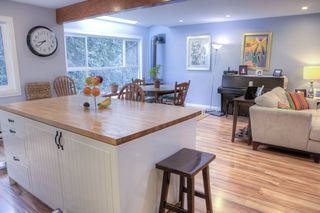 Photo 3: 3 300 MAUDE Road in Port Moody: North Shore Pt Moody Townhouse for sale : MLS®# R2435389