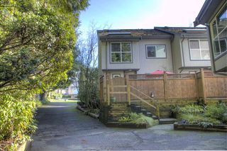 Photo 12: 3 300 MAUDE Road in Port Moody: North Shore Pt Moody Townhouse for sale : MLS®# R2435389
