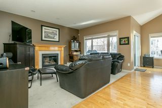 Photo 8: 207 SHEPPARD Court in Edmonton: Zone 53 House for sale : MLS®# E4192096