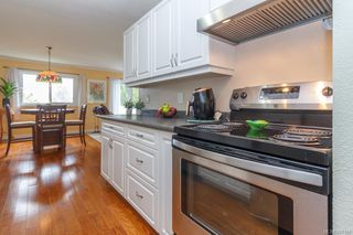 Photo 10: 401 305 Michigan St in Victoria: Vi James Bay Condo Apartment for sale : MLS®# 841125